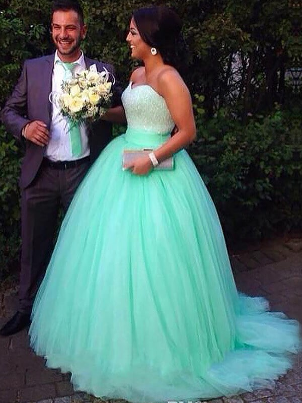 Ball Gown Sweetheart Tulle Sweep/Brush Train Plus Size Dress