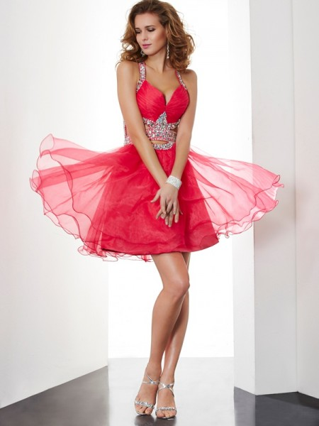 A-Line/Princess Halter BOrganza Homecoming Dress with Beading
