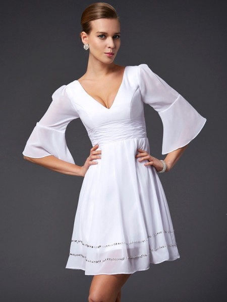 A-Line/Princess V-neck 1/2 Sleeves Beading Short Chiffon Bridesmaid Dress