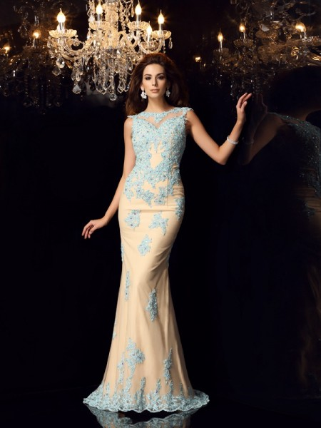 Trumpet/Mermaid Bateau Applique Long Satin Dress