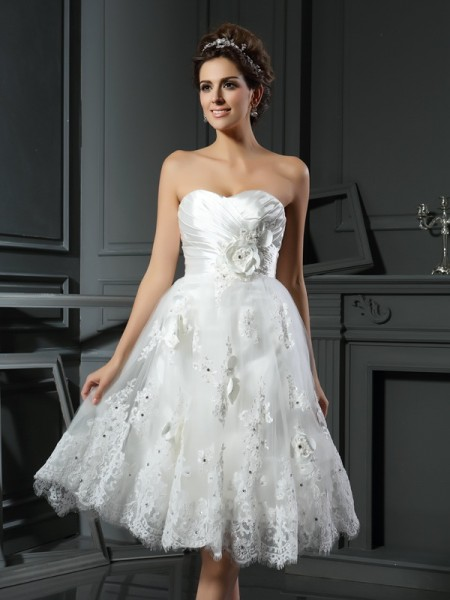 A-Line/Princess Sweetheart Ruched Short Satin Wedding Dress