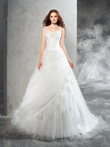 Ball Gown Straps Applique Long Net Wedding Dress