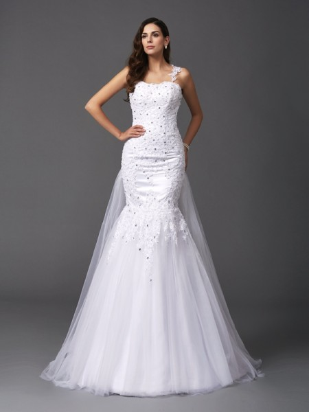 Trumpet/Mermaid Straps Beading Long Net Wedding Dress