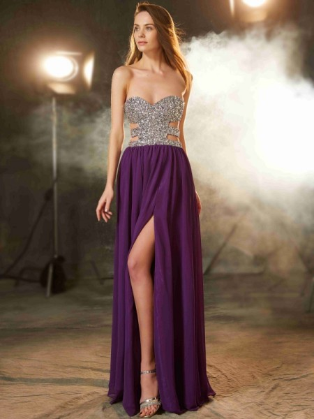 A-Line/Princess Sweetheart Crystal Floor-Length Chiffon Dress