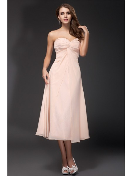 Sheath/Column Sweetheart Ruffles Tea Length Chiffon Bridesmaid Dress